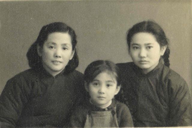 牛连文-家庭2.jpg